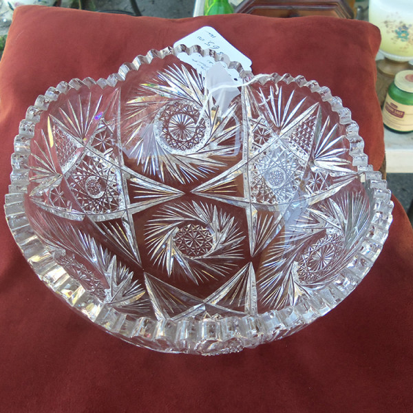 American Brilliant period cut glass bowl – from above